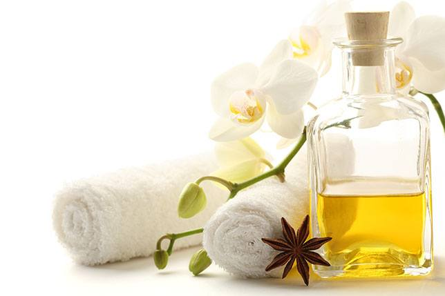 How to Use Castor Oil for Acne