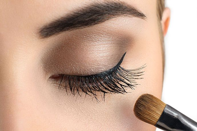 makeup dangers Clean Your Skin, Eyes, and Brushes Thoroughly