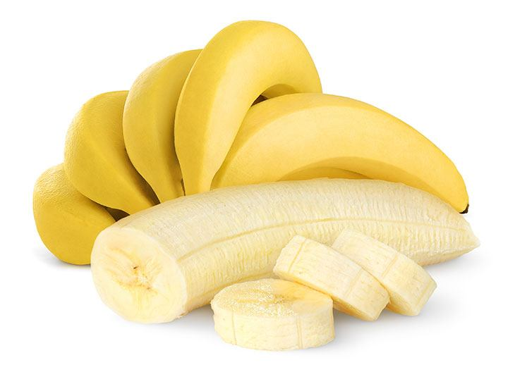 homemade banana face mask for a glowing skin